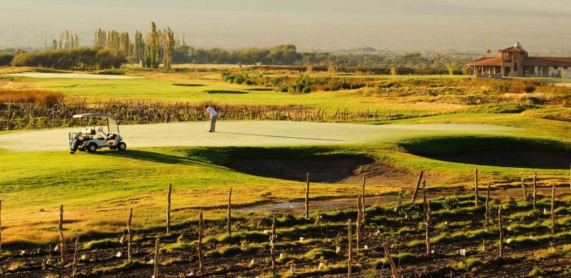 Play golf in Cafayate, hit shots across (and into!) vineyards, bring a few extra balls..