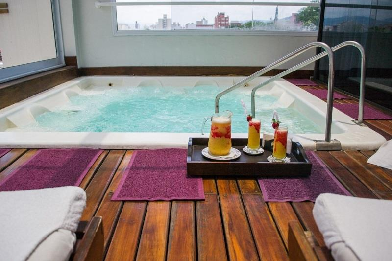 After a hard day sightseeing relax in the spa at the 3 star Almeria Hotel in Salta