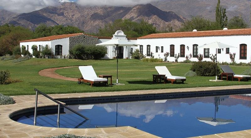 This hotel enjoys a lovely location, great views and superb facilities - everything you need in a Cafayate hotel